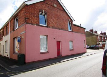 Thumbnail 2 bed flat to rent in Crown Street, Kettering