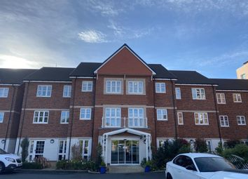 Thumbnail 1 bed flat for sale in Maidenhead, Berkshire