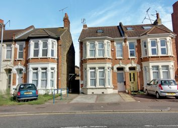 Thumbnail 2 bedroom flat to rent in Sutton Road, Southend-On-Sea