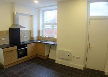 2 bed terraced house to rent in Florida Street, Oldham OL8