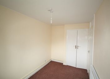 2 bed flat to rent in Caldy Road, Handforth, Wilmslow SK9
