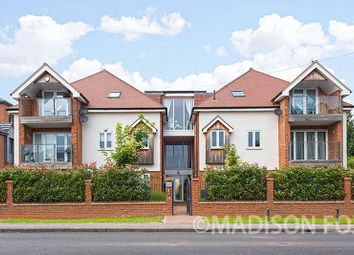 2 bed flat for sale in Manor Road, Chigwell IG7
