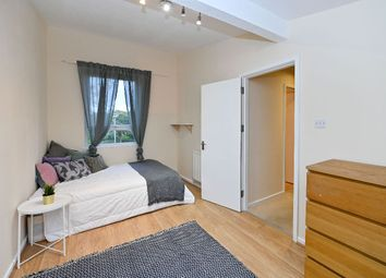 Room to rent in Chesnut Road, London N17