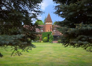 Thumbnail 6 bedroom detached house for sale in Broomfield Park, Sunningdale, Ascot