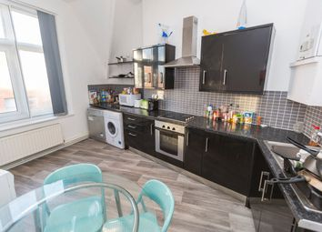 Thumbnail 5 bed flat to rent in Flat 2, Leopold Chambers, Church Street, Sheffield