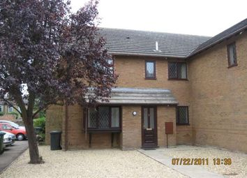Thumbnail 2 bedroom town house to rent in Grosvenor Gardens, St. Neots