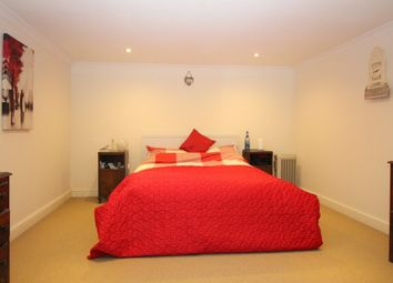Thumbnail 2 bedroom flat to rent in Bell House, Headley Close, Alresford