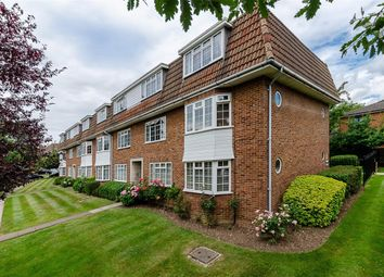 Thumbnail 2 bedroom flat for sale in Yardley Court, Hemingford Road, Cheam