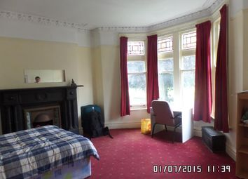 Thumbnail 8 bed shared accommodation to rent in Ninian Road, Cardiff
