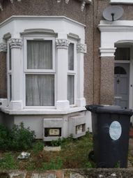 1 bed flat to rent in Claude Road, Leyton E10