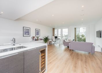 2 bed flat for sale in Sovereign Court, Hammersmith W6