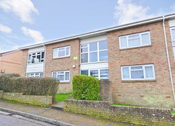 Thumbnail 2 bedroom flat to rent in Brook Close, Ryde