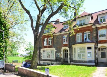 Thumbnail 2 bed flat to rent in Mount View Road, Stroud Green