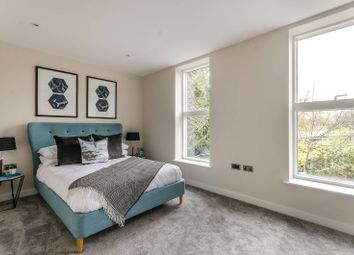 Thumbnail 3 bed property for sale in Kings Avenue, Balham