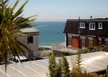 2 bed flat to rent in Boscombe Spa Road, Boscombe, Bournemouth BH5