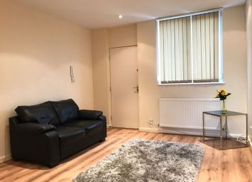 2 bed flat to rent in Henry Street, Liverpool L1