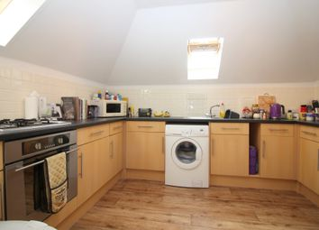 Thumbnail 2 bed flat for sale in Robins Court, Alresford, Hampshire