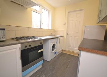 Thumbnail 1 bedroom flat to rent in Basingstoke Road, Reading