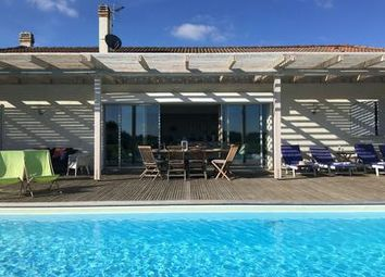 Thumbnail 4 bed property for sale in Bordeaux, Gironde, France