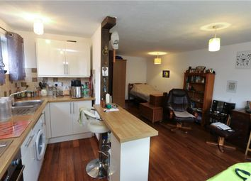Winchester Court, Sutherland Close, Romsey, Hampshire SO51. Studio for sale