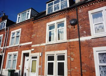 Thumbnail 1 bed flat to rent in Chaucer Street, Mansfield