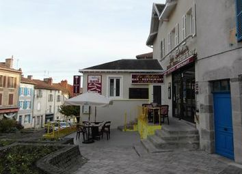 Thumbnail Pub/bar for sale in Bellac, France