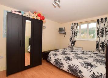 Thumbnail 2 bedroom flat for sale in Waterside, Gravesend, Kent