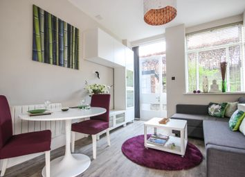 Thumbnail 2 bed flat to rent in Rosebury Avenue, Angel