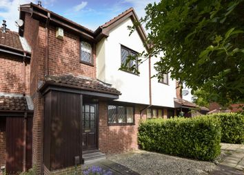 Thumbnail 3 bed terraced house for sale in Binfield, Berkshire