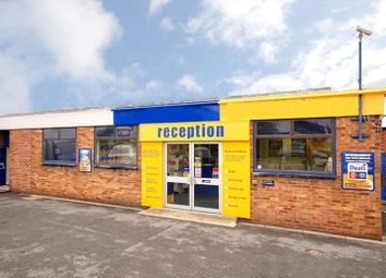Serviced office to let in Bilton Road, Bletchley, Milton Keynes MK1