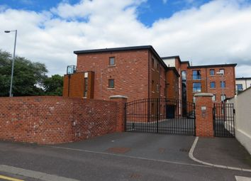 Thumbnail 2 bedroom flat to rent in Summerhill Avenue, Belfast