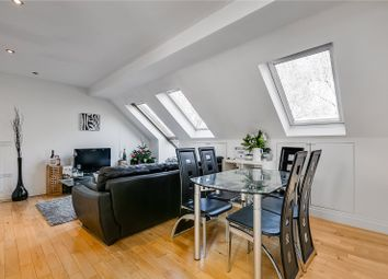 Thumbnail 2 bed flat to rent in Clapham Common West Side, London