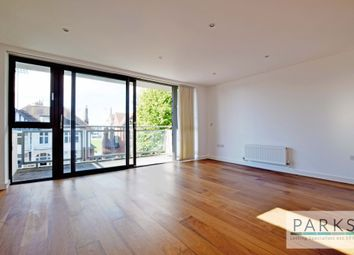 Thumbnail 3 bed flat to rent in Palmeria Avenue, Hove