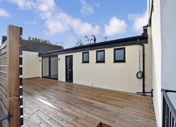 High Street, Snodland, Kent ME6. 3 bed flat for sale