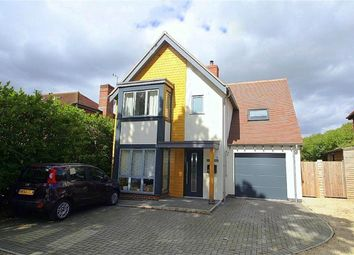 Thumbnail 3 bed detached house to rent in Broad Lane, Upper Bucklebury, Reading