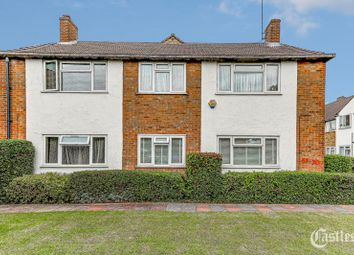 Thumbnail 2 bedroom flat for sale in Bridle Close, Enfield