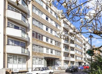 Thumbnail 3 bed flat for sale in Clifton Place, Lancaster Gate
