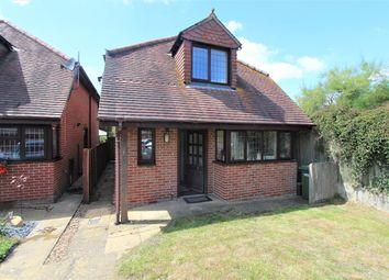 Hamble Lane, Bursledon, Southampton SO31. 3 bed detached house