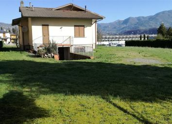 Thumbnail 2 bed property for sale in Gallicano, Toscana, 046015, Italy