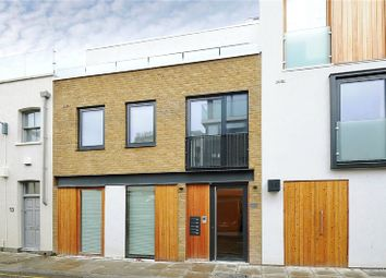 King's Mews, Bloomsbury WC1N. 1 bed flat