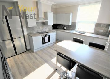 Thumbnail 5 bed town house to rent in Warrels Avenue, Bramley, Leeds