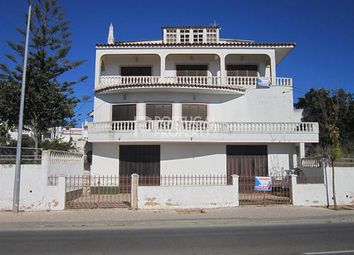Thumbnail Villa for sale in Alvor, Algarve, Portugal
