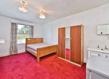 Thumbnail Room to rent in Norwood Road, London