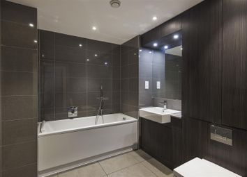 Thumbnail 3 bedroom flat for sale in Wellgarth Road, London
