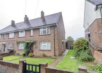 2 bed maisonette for sale in Chelmsford Avenue, Collier Row, Essex RM5