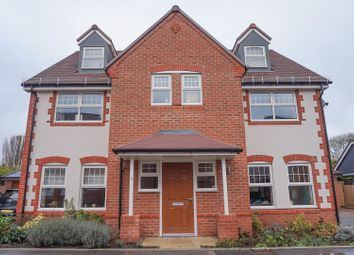 Thumbnail 5 bed detached house for sale in Vantage Street, Aston Clinton