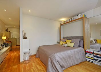 Thumbnail 1 bed flat to rent in 10 Hosier Lane, London