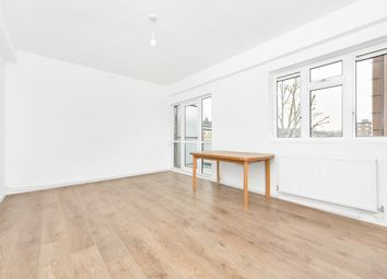 Thumbnail 2 bed flat to rent in East Street, London