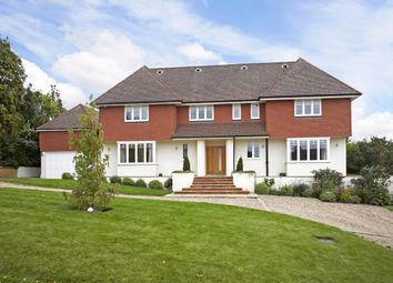 Thumbnail 6 bed detached house to rent in Ralliwood Road, Ashtead