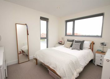 Thumbnail 2 bedroom flat for sale in North View, Westbury Park, Bristol